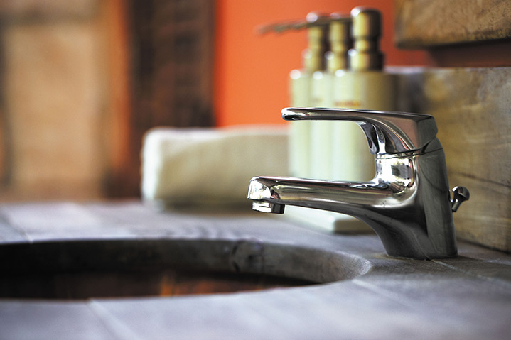 A2B Plumbers are able to fix any leaking taps you may have in Hackney.